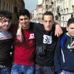 Kevin (13), Erkan (16), Zsoltan (15) und Otto-Wilhelm (13) gaben bereitwillig Auskunft